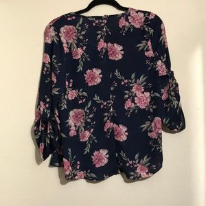Justify Tops - Beautiful floral blouse by justify
